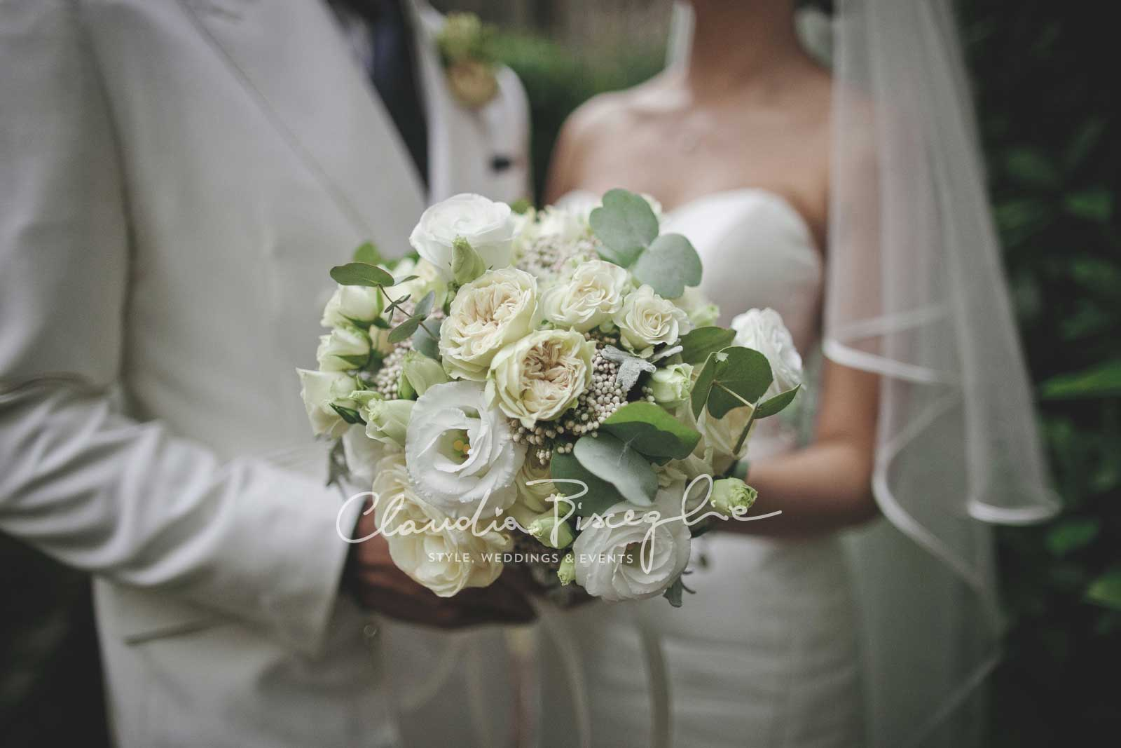 21-Bouquet-roses-white-flowers