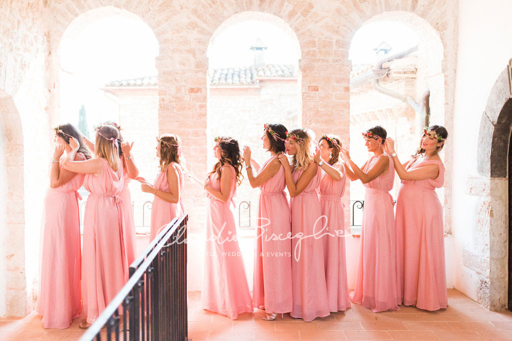 -Bridemaid-in-Pink-chic-wedding-uxury-crown-hair