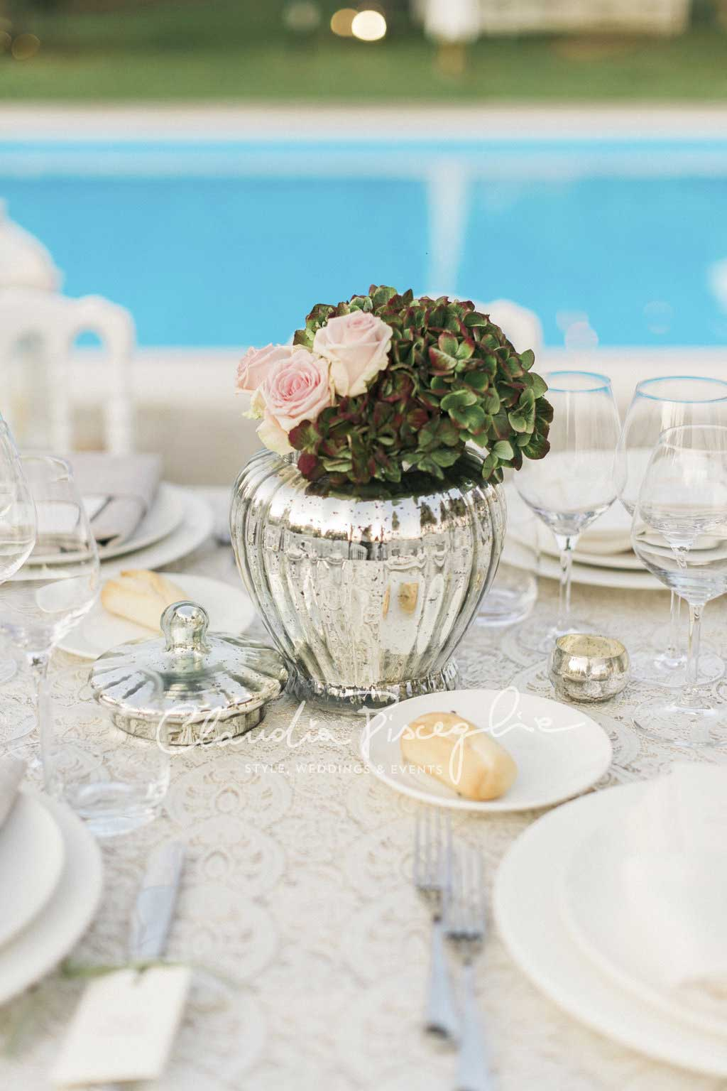-Table-place-holder-details-luxurywedding-details